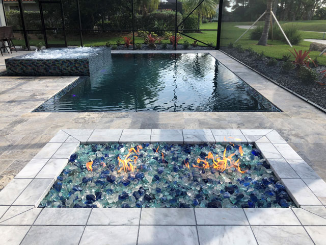 Edged Pool with Spa and Fire Pit