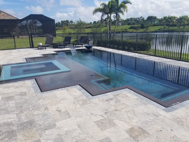 Pool with Submerged Spa and Shallow Deck
